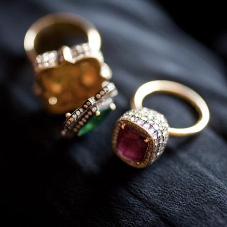 Alia-Mouzannar-Box-Ring