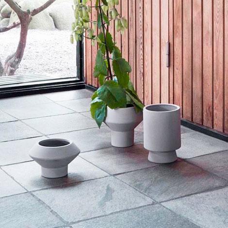 Metal-&-wood-flower_pots