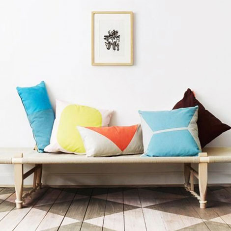 metal-and-wood-cushions